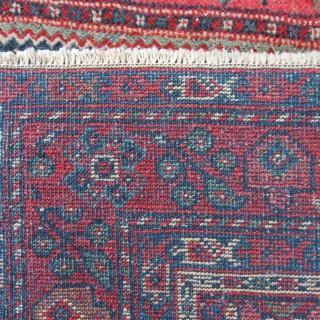 Antique Mahal rug
