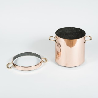 Victorian copper & brass stockpot with strainer ring.
