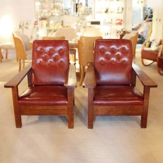 Arts and Crafts Reclining Armchairs