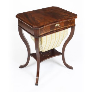 Antique Biedermeier Flame Mahogany Work Box c.1820 19th Century