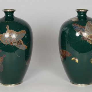 STUNNING PAIR OF JAPANESE CLOISONNE BUTTERFLY VASES ATTR - HAYASHI KODENJI II