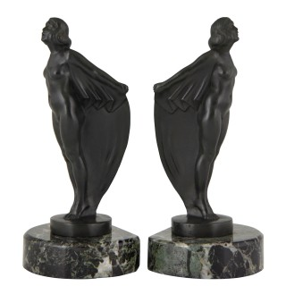 Art Deco bookends nude with drape