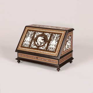 Italian Neo-Renaissance Decorative Box