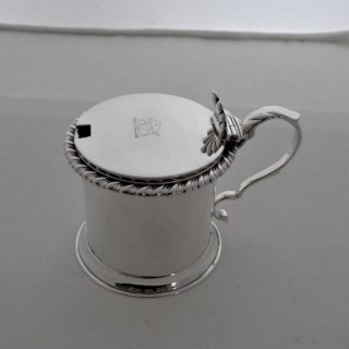 Good crested Georgian silver mustard pot London 1824