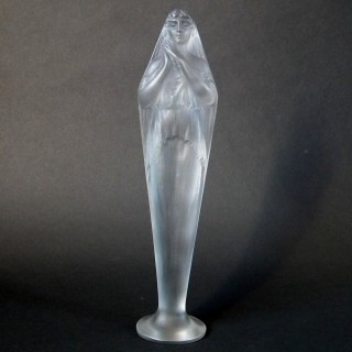 Rene Lalique Glass 'Voilee Mains Jointes' Statuette