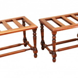 19th Century English Pair Of Antique Walnut Luggage Stands