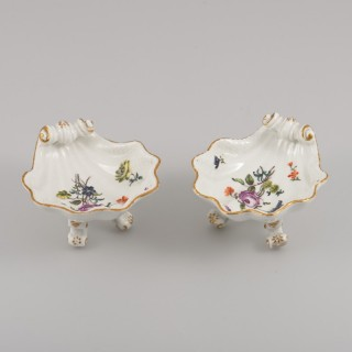 PAIR OF MEISSEN SALT CELLARS