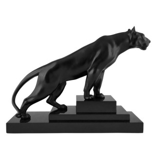 Art Deco sculpture of a panther.