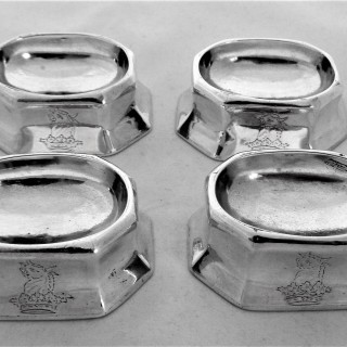 Set of 4 crested Queen Anne silver trencher salts London 1712