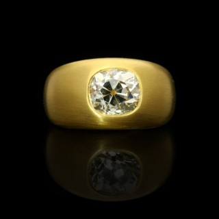 Hancocks 22ct Satin-finish Yellow Gold Gypsy-set Band Ring with a 2.64ct Old Mine cut Diamond