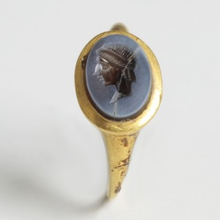 Roman Gold Ring with Nicolo Intaglio