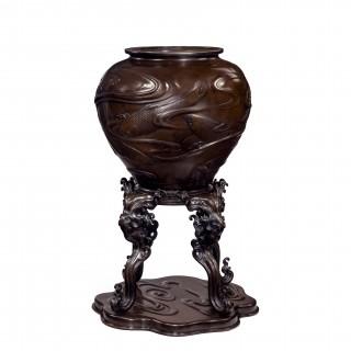 Large Meiji period bronze vase on stand Japanese c1880