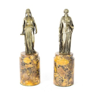 Antique Italian Pair of Grand Tour Bronze figures of Roman Maidens, 19thC