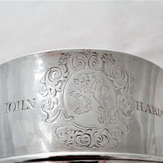 Lovely early George I silver 2 handled cup London 1714 David Kilmaine