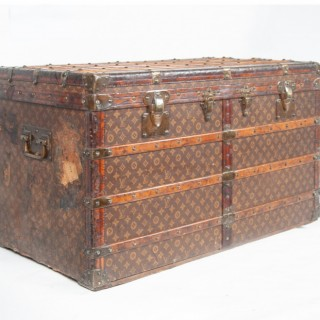 Rare Louis Vuitton drawer trunk circa 1908