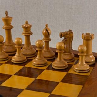 Boxed Set of Tournament Size Chessmen