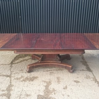 19th Century George IV Period Mahogany Antique Extending Breakfast Dining Table