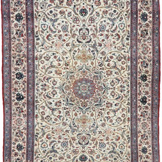 Nain Tudeshk rug, with silk highlights