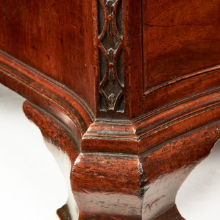 Chippendale Period 18th Century Serpentine Georgian Mahogany Chest of Drawers
