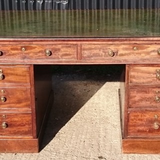 Early Nineteenth Century Mahogany Pedestal Desk