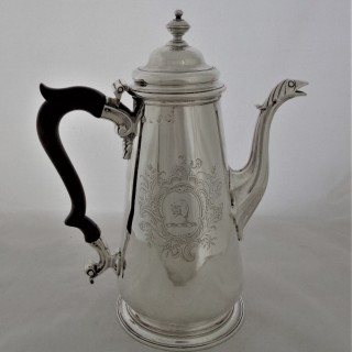 Superb crested&armorial George II silver coffee pot London 1750 Thomas Whipham