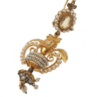 18 ct. Gold Earrings with Pearls & 1 Citrine each side, from France approx. 1830