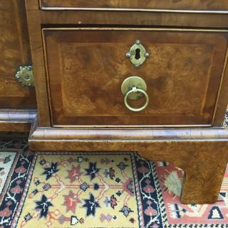 Antique Burr Elm Kneehole Desk, circa 1730 (+ later addition)