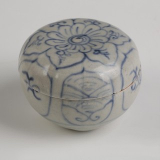 Little Hoi An Shipwreck Pottery Cosmetic Box