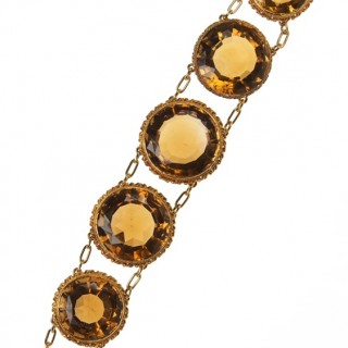 15 ct. Gold & Citrines Bracelet Victorian Scotland approx. 1850