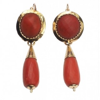 "14 ct. Gold ""Night+Day"" Earrings with Corals, from Italy approx. 1860 Victorian Coral earrings"