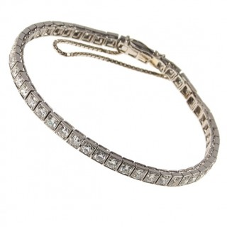 Platinum Bracelet with 50 Diamonds Art déco ca. 1930