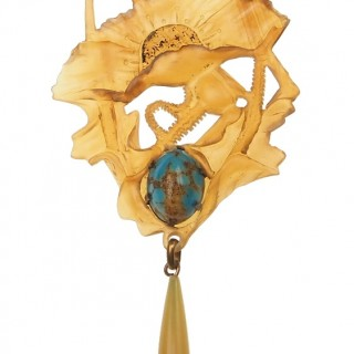 "Art nouveau Horn necklace by Georges Pierre Motif ""Poppy"" France approx. 1900"