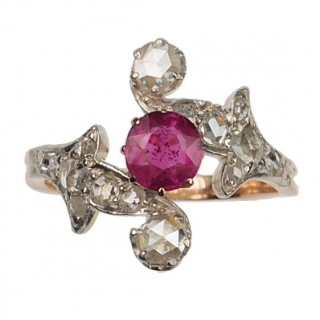 18 ct. Gold & Platinum Ring / Engagement ring with Ruby & Diamonds Art nouveau Netherlands approx. 1900