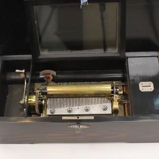 8-air Antique Music Box