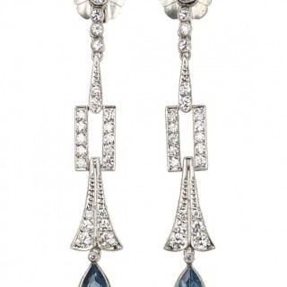 Platinum Earrings with Diamonds & 1 Aquamarine drop each, Earrings from Art déco France approx. 1920