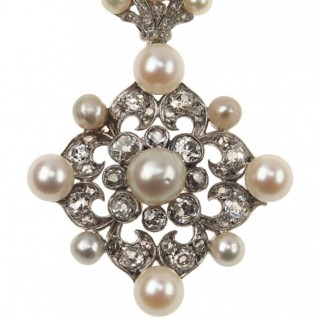 18 ct. Gold / Silver Necklace with Diamonds & Natural pearls Victorian France ca. 1880