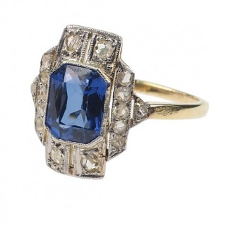 18 ct. Gold & Platinum Ring / Engagement ring with 1 Tanzanite & Diamonds, from early Art déco approx. 1920 Tanzanitering