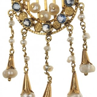 18 ct. Gold Necklace with Sapphires & Natural pearls Arts + Crafts England approx. 1900