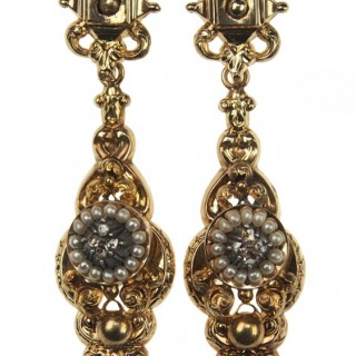 15 ct. Gold Earrings with Diamonds & Pearls England ca. 1830
