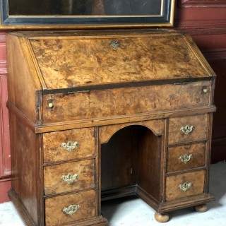 Burr Walnut Kneehole Bureau Circa 1700