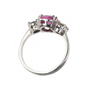 18 ct. White-gold Ring / Engagement ring with natural pink Sapphire & 2 Diamonds Vintage France approx. 1950