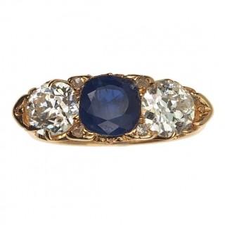 18 ct. Gold Ring with Sapphire & Diamonds Edwardian England Glasgow 1903