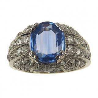 18 ct. Gold Art déco Ring with Sapphire & Diamonds France approx. 1940