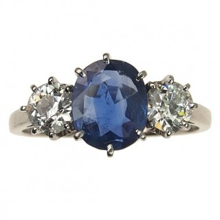 18 ct. White-gold Ring / Engagement ring with Sapphire & 2 Diamonds Vintage approx. 1950s