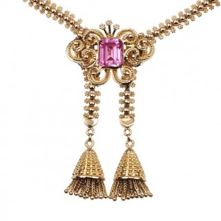 19,2 ct. Gold Necklace with a pink Almandine in Emerald-cut, from Portugal approx. 1850 Victorian