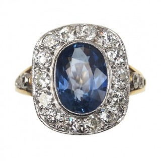 18 ct. Gold / Platinum Art déco Ring with Sapphire & Diamonds London England 1932