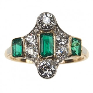 18 ct. Gold / Platinum Ring Emeralds & Diamonds Art déco France ca. 1925