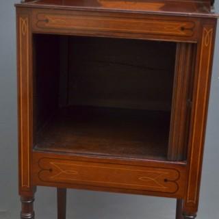 Georgian Mahogany Bedside Cabinet