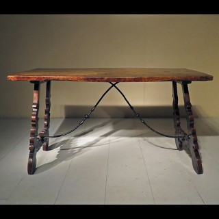 Early 20th century Spanish Walnut Table