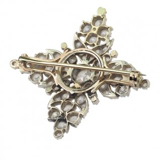 18 ct. Gold / Silver Brooch with Diamonds Georgian England approx. 1830